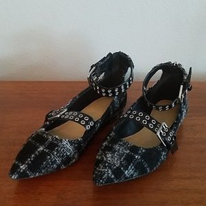CUTE Marc Fisher black leather, fabric flats NWOT